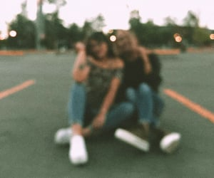 aesthetic, amigas, and vscocam image