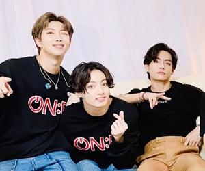 boys, concert, and kim image