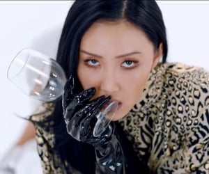 hwasa and mamamoo image