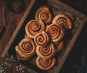 autumn and cinnamon buns image