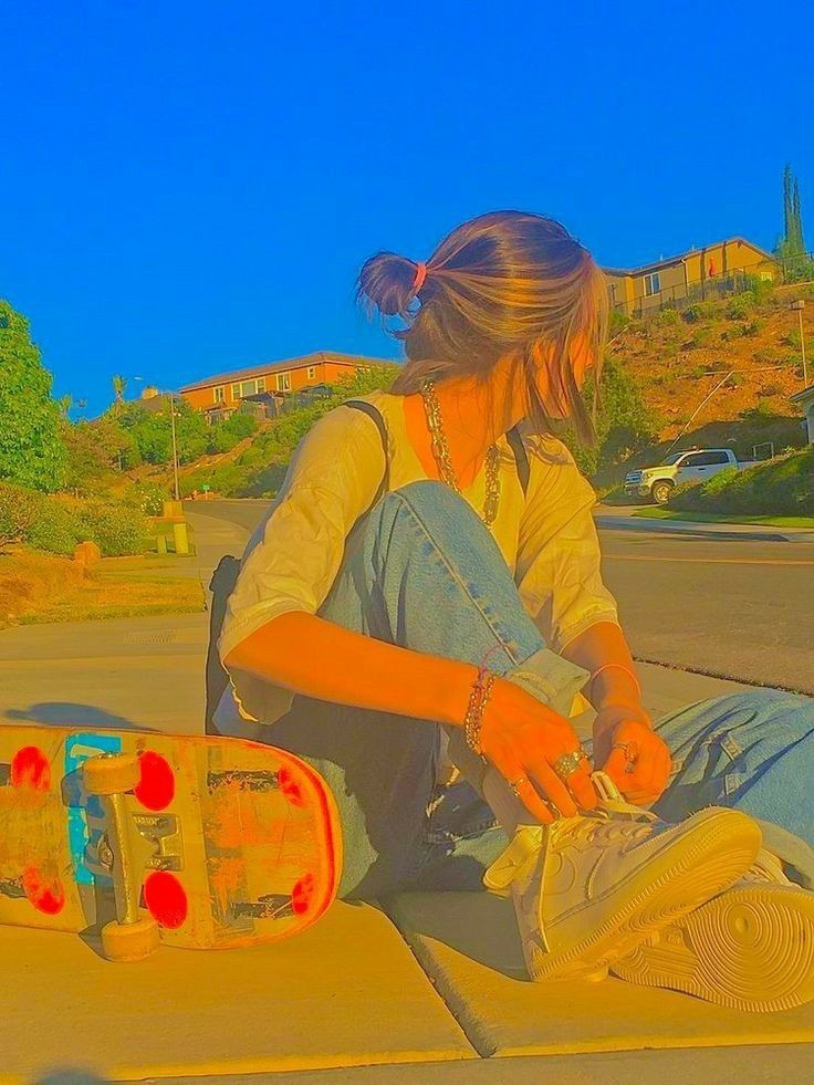 aesthetic, indie, and skateboard image