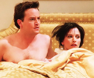 bed, lol, and monica geller image