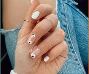 floral nailart&rings image