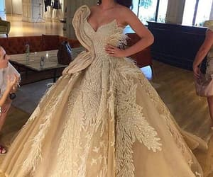 evening gown, prom gown, and robe de soirée image