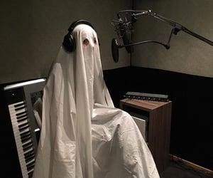 ghost and sabrina carpenter image