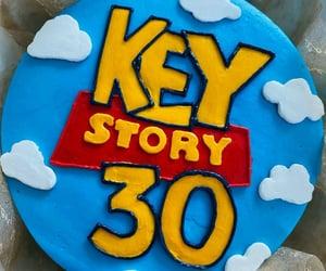 cake, key, and 샤이니 image