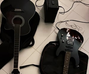 acoustic or electric ?