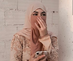 hijab, iraq, and muslim girl image