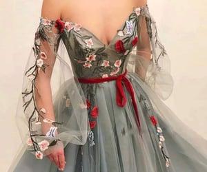 flores, vestido longo, and vestido image