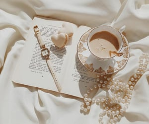 aesthetic, macaroons, and pearls image