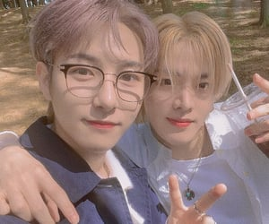 from home, nct, and renjun image