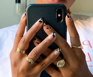jewelry and nails image
