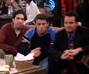 chandler joey and ross at the one with joey's bag
