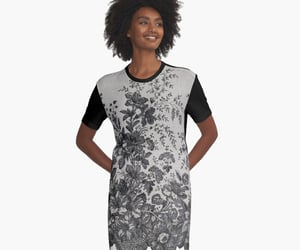 womens wear, vintage lace, and chantilly lace image