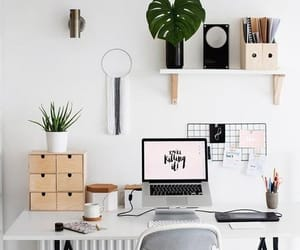Ideas para decorar espacios de trabajo. #pequeñasoficinas #escritorio #despacho #oficinaencasa #estiloydeco