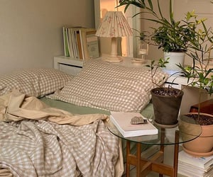 I want this bedroom:( so cute