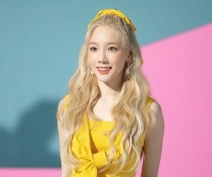 pretty, girl's generation, and taeyeon image