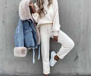 sweatsuit sporty outfit image