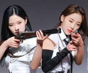 girls, gun, and kpop image