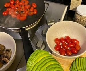 cena, tomates, and cherry image