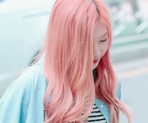 aesthetic, pink hair, and soft girl image
