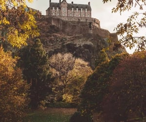aesthetic, autumn, and edinburgh image