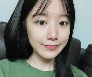 jeon soyeon, gidle, and g-idle image
