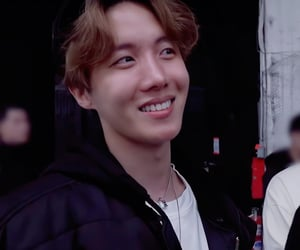 smile, korean boy, and bts image