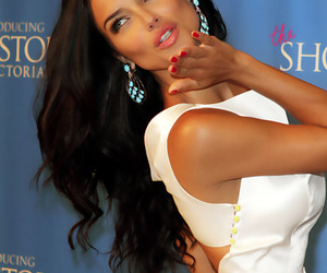Adriana Lima, model, and kiss image