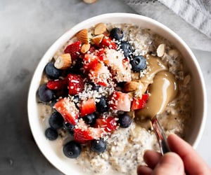 blueberry, breakfast, and oatmeal image