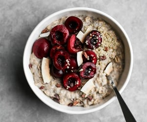 breakfast, cherry, and oatmeal image