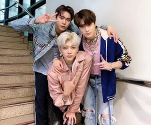 jung jaehyun, na jaemin, and kim doyoung image