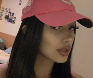 hat and baddie image