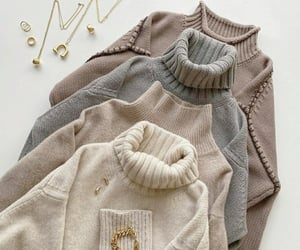 casual, plage, and sweaters image