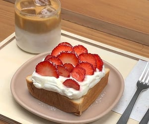 strawberry, breakfast, and cake image