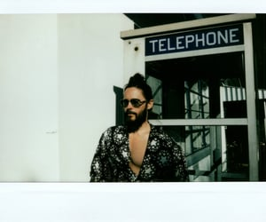 30 seconds to mars, gucci, and vocalist image