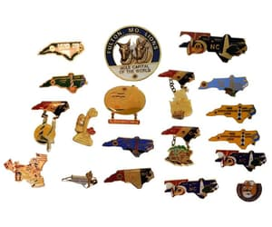 Lions Club Pins Lot of 19 NC Lighthouses  Canada Missouri NY image 0