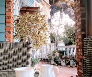breakfast, porch, and santamonica image