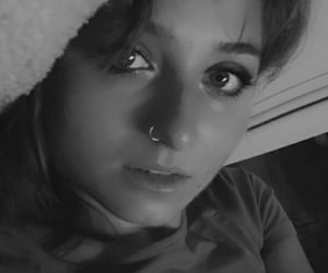 black and white, maquillage, and noir et blanc image