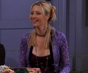 phoebe buffay at tow all the thanksgivings