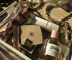accesories, dior, and perfumes image