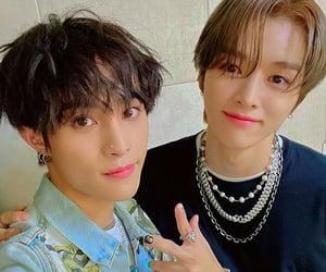 yangyang, kpop, and wayv image