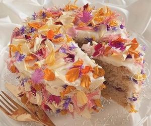 Cake 🍰🎂 🎉@_Naina
