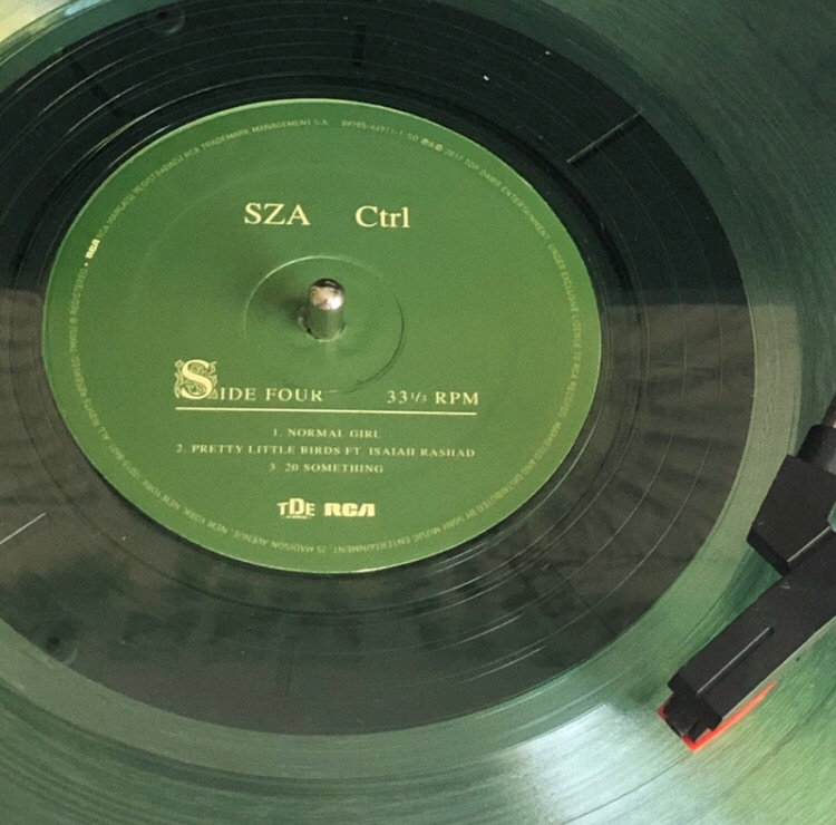 sza, green, and music image
