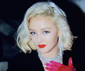 details, kpop, and marylin monroe image