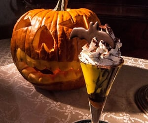 dessert, enjoy, and Halloween image