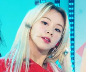 stage, twice, and chaeyoung image