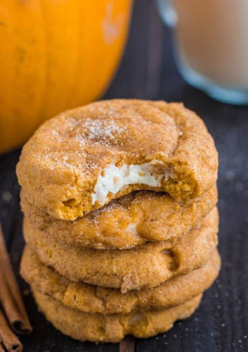 apple, autumn, and cinnamon rolls image