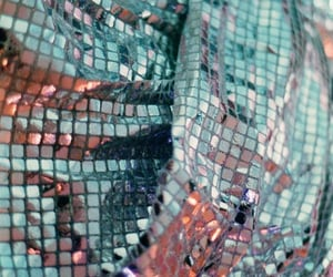 aesthetic, glittery, and iridescent image