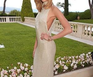 Karlie Kloss, model, and amfar gala image